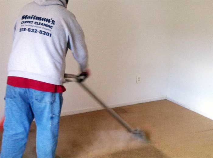 Steaming a bedroom carpet
